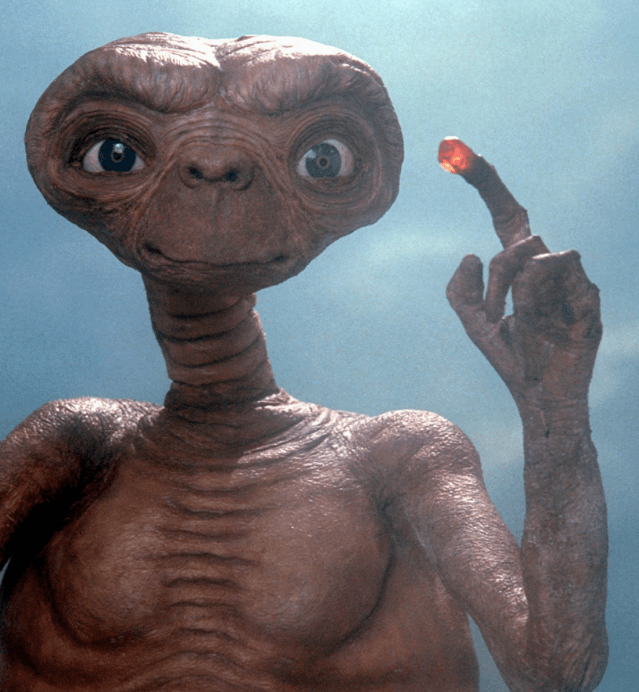 FORMATION E.T. L'EXTRATERRESTRE